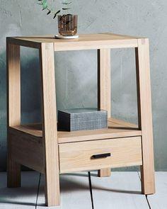 New addition to Hauzdecor shop - Edric Retro 1 Drawer Bedside Table Oak. #oakfurniture #oakland #shoppingspree #shopping #furnitureshop #hauzart💙 #bedroomfurniture #bedroomdecor #interiordesign #interior #homedecor #scandinaviandesign #scandi http://bit.ly/2ped45V