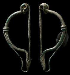 Ancient Resource: Authentic Ancient Celtic Fibulae, Brooches and Toga-Pins