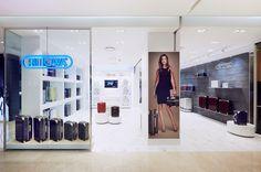 RIMOWA Store Busan | Lotte Department Store Centum City, 2nd Floor, 59, Centum nam-daero, Haeundae-gu | 48058 Busan | Tel.: +82 51 7303260 | Opening hours: Mon-Thu 10:30am – 08:00pm, Fri-Sun 10:30am – 08:30pm | servicecenter@sunrimo.com