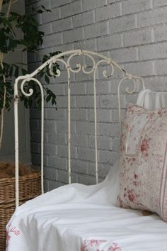 ZsaZsa Bellagio – Like No Other: Home Sweet: Vintage Charm