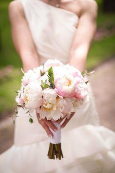 Еще один вариант букета невесты