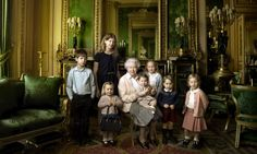 Królowa Elżbieta z wnuczętami!