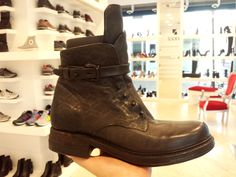 A.S.98 sono semplicemente imbattibili  Shop online: www.loggicalzature.com Details on: http://calzatureon-line.it/