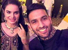 Has social media celebrity Zaid Ali really married model Sarah Sarfraz? New Funny Videos, Got Married, Youtubers, Social Media, Chain, Ali, Celebrities, Model, Jewelry