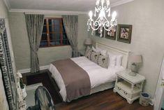 Main bedroom, Serendipity cottage