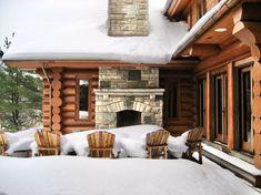 hirsh log homes Log Home Builders, Log Home Living, Cabin In The Woods, Cottage Exterior, Timber House, Red Cedar, Vertigo, Log Homes, Custom Homes