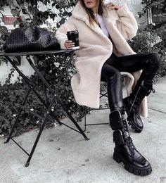 40 образов на каждый день - зима 2021 #зима2021 #гардеробзима2021 #базовыйгардероб2021 #тренды2021 #мода2021 #зимниеобразы2021 #теплыйгардероб #кашемир #свитер2021 #джинсы2021 #сапоги2021 #обувь2021 #стиль2021 Fall Fashion Outfits, Fall Winter Outfits, Look Fashion, Trendy Outfits, Girl Fashion, Autumn Fashion, Summer Outfits, Womens Fashion, Luxury Fashion