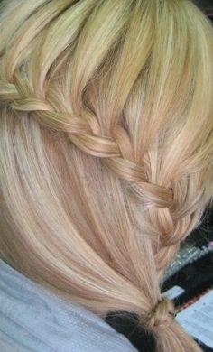 braid,low ponytail,blonde