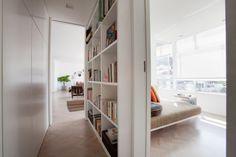 Dicas de Decoração Para Apartamentos Pequenos Estante Livros Corredor Casa Show