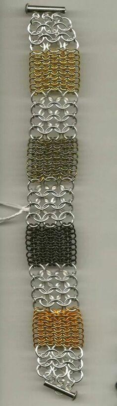 Oriental pattern in different size jumprings - nice! Jump Ring Jewelry, Wire Jewelry, Jewelry Crafts, Beaded Jewelry, Jewelery, Jewelry Bracelets, Handmade Jewelry, Bracelet Making, Jewelry Making