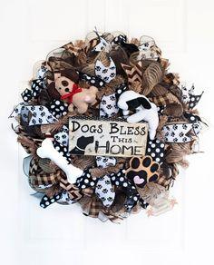 "24"" Dog Deco Mesh Wreath, Dog Lovers Wreath, Burlap Dog Wreath, Dogs Bless This Home, Everyday Wreath, Animal Lover Wreath by Splendid Homecrafts on Etsy"