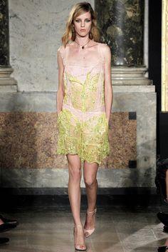 Emilio Pucci Spring 2012 Ready-to-Wear Fashion Show - Julia Frauche