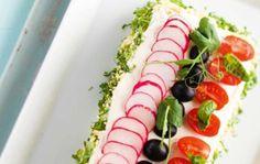 Valmista kasvikunnan tuotteista parhaat palat juhliisi tai kokoa monipuolinen herkkukimara noutopöytään. Bridal Shower Snacks, Vegan Party Food, Skagen, Health, Ethnic Recipes, Health Care, Salud