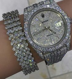 Stylish Jewelry, Cute Jewelry, Luxury Jewelry, Jewelry Accessories, Fashion Jewelry, Glamouröse Outfits, Bling, Accesorios Casual, Expensive Jewelry