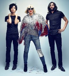 The Yeah Yeah Yeahs are back and their new album is pretty much amazing. BUY ALBUM HERE The long time trio recently released their 4th LP - Mosquito - out earlier this year. On this album, you'll f...