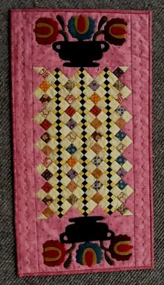 Sunday's Best kit - Auntie Ju's Quilt Shoppe- $45.99 - wool appliqué on each end
