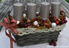 Adventní svícen / Zboží prodejce Černínová Petra | Fler.cz Christmas Swags, Winter Christmas, Christmas Decorations, Xmas, Table Decorations, Holiday Decor, Poinsettia, Advent Wreath, Topiary