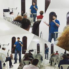 Preaching at the Defense of #Faith Ministries on the characteristics of the #Holy #Spirit.  Pregando no Ministério Defesa da #Fé sobre as Características do #Espírito #Santo.  DefesaDaFe.org