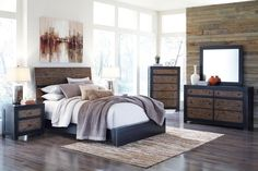 King Panel Bed with Wide Planked Headboard & Two-Tone Finish