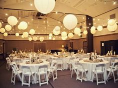 Budget Friendly Wedding Reception Decor Ideas - http://auto.undertheoklahomasky.com/wedding-reception-decor/