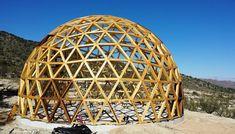 MadalBo: Vivir bajo una cúpula geodésica