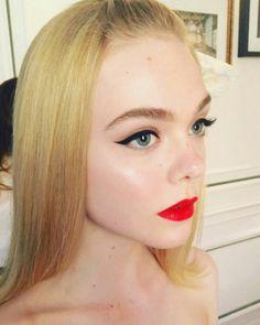 Elle Fanning makeup