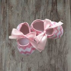 Crib Shoes, Baby Shoes, Chevron, Pink, Accessories, Clothes, Fashion, Outfits, Moda