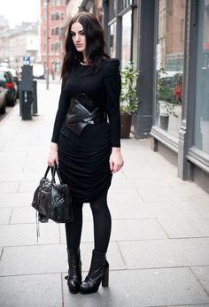How to dress goth without looking costume-y? : femalefashionadvice