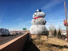 Tumbleweed snowman on I-40. New Mexico, you do you.
