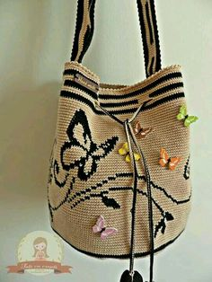 Discover thousands of images about Mochila crochet bag / Tapestry crochet/ Crochet patterns Crochet Handbags, Crochet Purses, Crochet Bags, Crochet Feather, Mochila Crochet, Tapestry Crochet Patterns, Crochet Backpack, Tapestry Bag, Denim Bag