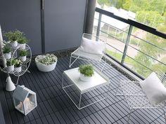IKEA decking - pebble border around edge of seating? Ikea Outdoor Flooring, Balcony Flooring, Modern Balcony, Small Balcony Decor, Balcony Furniture, Outdoor Furniture Sets, Balcony Chairs, Ikea Tiles, Ideas