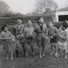 Children chanting. Ans Westra Vintage Children Photos, Artist Life, Auckland, New Zealand, Old School, Art Gallery, History, Pictures, Photography