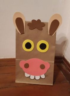 Birthday Party Goodie Bags, Paper Bag Crafts, Paper Bag Puppets, Cowgirl Party, Animal Crafts For Kids, Farm Theme, Gift Wrapping, Wrapping Ideas, Toddler Activities