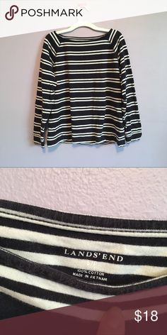 Striped Land's End Long Sleeve 3/4 Sleeve Blouse In excellent condition! Navy & White Lands' End Tops Tees - Long Sleeve