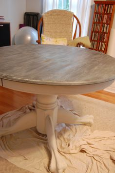 Annie Sloan lined oak finish using graphite, white, and wax.