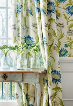 botanical print drapes curtains in blue white and green House of Turquoise: Thibaut House Of Turquoise, Turquoise Cottage, Red Cottage, My Living Room, Living Spaces, Curtain Patterns, Of Wallpaper, Wallpaper Ideas, Drapes Curtains