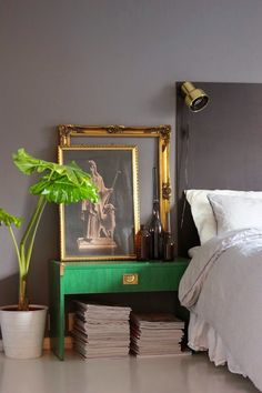 Sovrum - grått, grönt och guld.