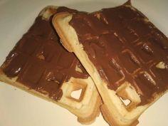 Gofri alaprecept Nutella, Waffles, Breakfast, Food, Morning Coffee, Essen, Waffle, Meals, Yemek