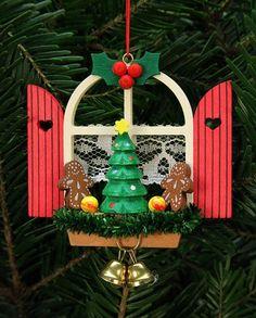 Christian Ulbricht Baumbehang Adventsfenster mit Lebkuchen