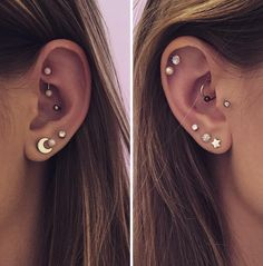 14 Cute and Beautiful Ear Piercing Ideas For Women - Biseyre Trending Ear Piercing ideas for women. Ear Piercing Ideas and Piercing Unique Ear. Ear piercings can make you look totally different from the rest. Piercing No Lóbulo, Smiley Piercing, Helix Piercings, Cute Ear Piercings, Tattoo Und Piercing, Body Piercings, Rook Piercing Jewelry, Multiple Ear Piercings, Rook And Conch Piercing