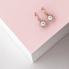 De Beers Aura Sleeper Earrings