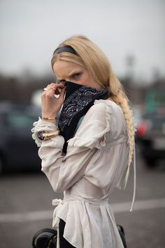 HGO and her accessory du jour... the bandanna. meanwhile that blouse is aces. #HanneGabyOdiele #offduty in Paris. #PFW