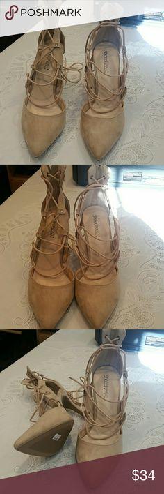 Gorgeous suede like heels Beautiful heels Shoe Dazzle Shoes Heels