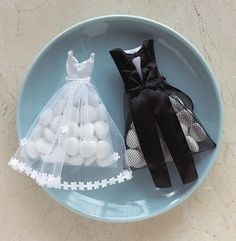 Here's something different, these gorgeous bride dress favour bags are shaped like bridal wear! With formal tuxedo design, they're sure to set a festive wedding mood. Almond Wedding Favours, Wedding Favors, Wedding Gifts, Wedding Decorations, Wedding Candy, Diy Wedding, Dream Wedding, Wedding Dress, Bridal Gown