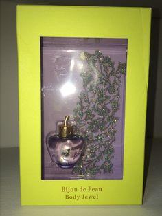 """Coffret de Miniature """"Bijou de peau"""" Premier Parfum - Lolita Lempicka. Depuis le temps que je le voulais celui la !!! :)"""