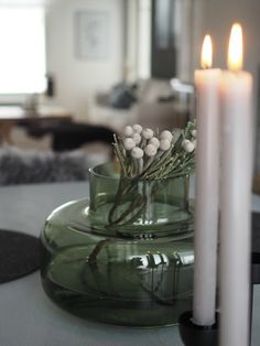 Mansikkatilan mailla: Marimekon Urna-maljakko Rattan, Wicker, Konmari, Marimekko, Bohemian Decor, Cozy House, Natural Materials, Table Decorations, Flowers