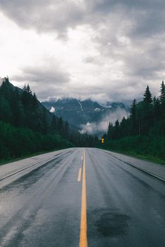 earth-dream:  Road | Photographer