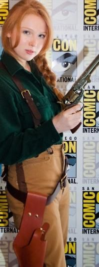 Molly Quinn Steampunk Molly quinn  cosplaying herMolly Quinn Steampunk