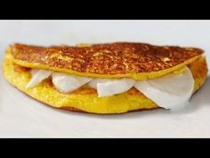 This is one of the most amazing foods here in Venezuela, you can eat it for breakfast, for lunch or even dinner at… by sam-yd Latin American Food, Latin Food, My Favorite Food, Favorite Recipes, Venezuelan Food, Venezuelan Recipes, Food Porn, Colombian Food, Good Food