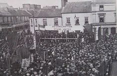 On this day 12 April 1920 workers in Ireland launched a general strike in support of pro-independence prisoners who were on hunger strike in Mountjoy prison Dublin. The postal service public transport shops pubs and public toilets were all shut. After two days the British government caved and released all the prisoners. Find out more in this article: https://ift.tt/2JCKSoe  Pictured: a general strike in Ireland 1918